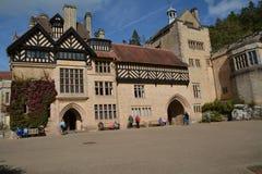 Casa de Cragside e jardins Northumberland fotografia de stock