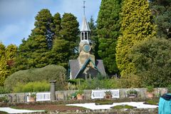 Casa de Cragside e jardins Northumberland imagens de stock royalty free