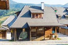 Casa de Dostoevsky em Drvengrad, Sérvia imagens de stock