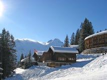 Casa de férias do inverno Fotos de Stock Royalty Free