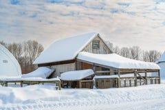 Casa de gallina de los edificios agrícolas Fotografía de archivo libre de regalías