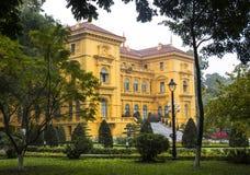 Casa de Ho Chi Minh em Hanoi imagem de stock