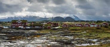 Casa de huéspedes de Hustadvika situada cerca del camino de Océano Atlántico fotos de archivo