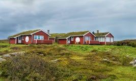 Casa de huéspedes de Hustadvika situada cerca del camino de Océano Atlántico foto de archivo