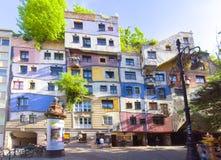 Casa de Hundertwasser en Viena, Austria fotos de archivo