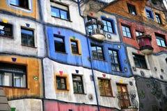 Casa de Huntdertwarsser en la ciudad de Viena, Austria Imagen de archivo libre de regalías