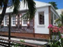 Casa de isla/señal local Imágenes de archivo libres de regalías