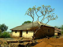 Casa de la aldea Fotografía de archivo libre de regalías