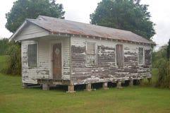 Casa de la escopeta de Ramshackled en Thibodaux, Luisiana Foto de archivo libre de regalías