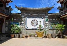 Casa de la minoría del Bai en Dali, Yunnan China Fotografía de archivo