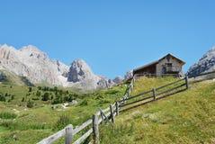 Casa de la montaña Imagenes de archivo