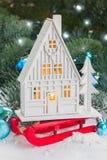 Casa de la Navidad blanca Imagen de archivo