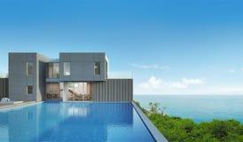 Casa de la opinión del mar con la piscina en diseño moderno Fotografía de archivo
