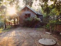 Casa de la puesta del sol Imagen de archivo libre de regalías