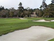 Casa de lujo en el campo de golf Fotos de archivo