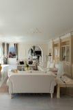 Casa de lujo, sala de estar Imagenes de archivo