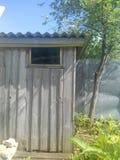 Casa de madeira do jardim Foto de Stock Royalty Free