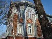 Casa de madeira em Tomsk Imagens de Stock
