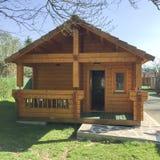 Casa de madeira pré-fabricada Fotografia de Stock Royalty Free