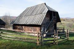 Casa de madeira tradicional Fotos de Stock Royalty Free