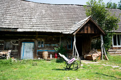 Casa de madeira tradicional foto de stock royalty free