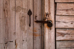 Casa de madeira ucraniana velha no verão Pirogovo Imagem de Stock Royalty Free