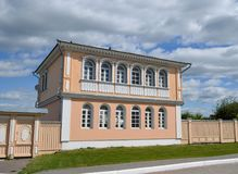 Casa de madeira velha em Kolomna Rússia imagem de stock royalty free