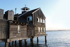 Casa de madeira velha no mar Imagem de Stock Royalty Free