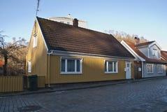 Casa de madera agradable vieja en Halden. imágenes de archivo libres de regalías