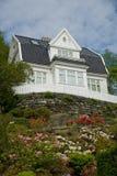 Casa de madera blanca Imagen de archivo libre de regalías