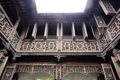 Casa de madera de la estructura del chino tradicional Foto de archivo libre de regalías