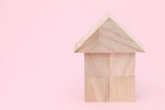 Casa de madera del juguete Fotos de archivo