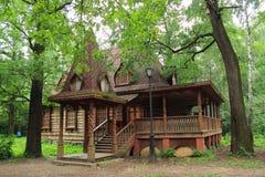 Casa de madera hermosa Imagen de archivo libre de regalías