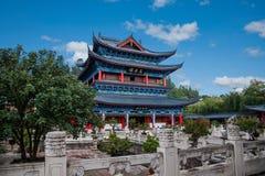 Casa de madera Lijiang, rollos del piso de Yunnan Foto de archivo