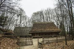 Casa de madera, parque Shevchenko, Ucrania, Lviv Imagenes de archivo