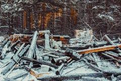 Casa de madera quemada Imagen de archivo libre de regalías