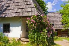 Casa de madera tradicional Fotografía de archivo libre de regalías