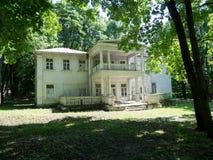 Casa de madera vieja Fotos de archivo libres de regalías