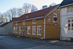 Casa de madera vieja en Halden. fotografía de archivo libre de regalías
