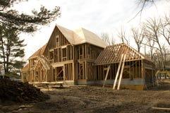 Casa de McMansion bajo construcción Imagen de archivo libre de regalías