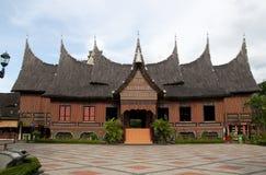 Casa de Minangkabau fotografía de archivo
