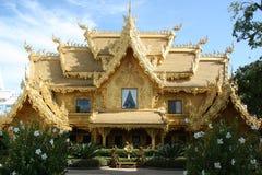 Casa de oro en Tailandia Fotos de archivo libres de regalías