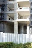 Casa de painel inacabado do multi-andar imagem de stock royalty free