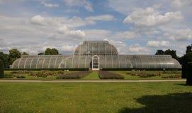 Casa de palma en el jardín de Kew Foto de archivo libre de regalías