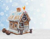 Casa de pan de jengibre de la Navidad Fotos de archivo