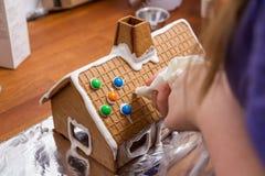 Casa de pan de jengibre hecha en casa Fotografía de archivo
