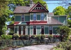 Casa de pan de jengibre victoriana colorida Fotografía de archivo