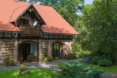 Casa de pedra clássica Fotos de Stock Royalty Free