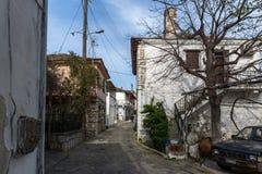 Casa de pedra velha na vila da ilha de Theologos, de Thassos, de Macedônia do leste e de Thrace, Grécia Imagem de Stock
