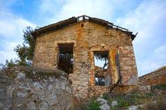 Casa de piedra escudada Fotografía de archivo